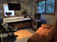 House With Recording Studio Looking for a Roommate!