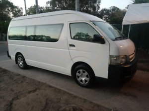 Toyota commuter 12 seater