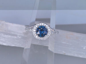 Halo style Blue Sapphire - Size 7 - Custom Made - New