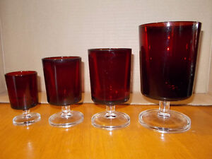 Large lot of 32 Vintage Ruby Red Glasses-Made in France London Ontario image 3