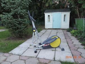 Œxerciseur elliptique - elliptical exerciser
