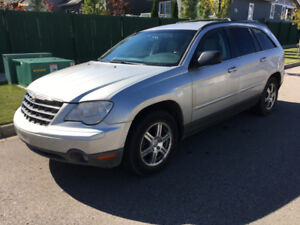 2008 Chrysler Pacific. Excellent condition!