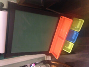 Paints easel for kids