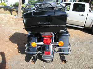 HARLEY DAVIDSON ELECTRA GLIDE CLASSIC VERY LOW MILEAGE Strathcona County Edmonton Area image 6
