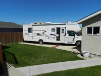 31 1/2 foot Class C Gulfstream Motorhome - Excellent Condition