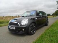 2013/63 MINI HATCH 2.0 COOPER SD BAYSWATER 3DR BLACK - RARE & WITH EXTRAS!!