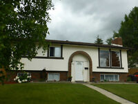 HIGHLAND GREEN 5 BEDROOM FAMILY HOME/REVENUE POTENTIAL!