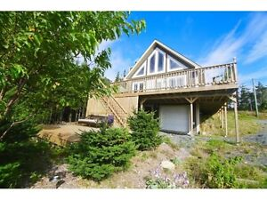 Amazing Chalet On Little Goose Pond! 1 Acre Lot.
