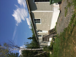 3 bedroom mini 5 mins from oromocto 15 Fton on a acre lot