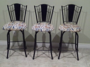 3 Swivel Counter Height Stools