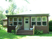 Beautiful Country Home in Matlock - Double Private Lot
