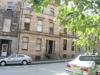 2 bedroom flat in Wilton Street, Glasgow, G20 (2 bed) (#962429)