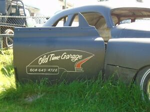 old time garage vehicle restoration