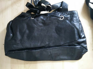 Various handbags $ 5 - $ 55 (DKNY, Armani, GUESS, no name) Kitchener / Waterloo Kitchener Area image 10