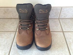 Men's WindRiver Mid-Cut Winter Boot