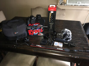 Canon T6i Video Creator Kit And Tons More !