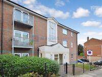 1 bedroom flat in Glyndon Road, Plumstead SE18