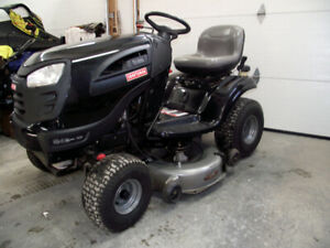 24 hp craftsman lawn tractor LOW HOURS