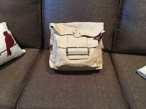Brand New Ladies Leather Purse - backpack style Kingston Kingston Area image 2
