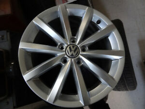 4 X NEW MAGS 5X112 VW 17 INCH POUCE LIKE NEW 2017ORIGINAL VW