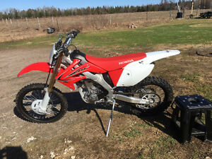 2011 HONDA CRF250X Great Bike low hours very clean