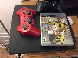 PS3 (500 GB) // 2 remotes and 10 games including FIFA 17 Gatineau Ottawa / Gatineau Area image 1