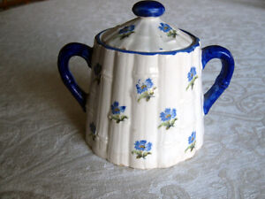 SUGAR BOWL VINTAGE CHINA MADE IN CZECHOSLOVAKIA