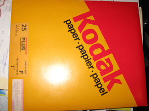 25 Kodak Extracolor Plus Photo paper for developing color photos