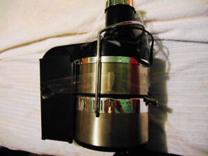 Jack Lalanne Deluxe Power Juicer in Excellent Condition