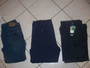 Tons of boys clothes size 7 / 8  and 10 / 12 in very good condit