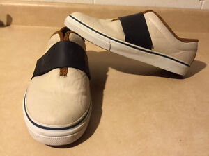 Men's Puma Slip-On Shoes Size 9.5