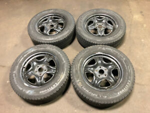 TOYOTA RV4 RIMS METAL WITH WINTER TIRE MICHELIN 225/65R17 17INCH