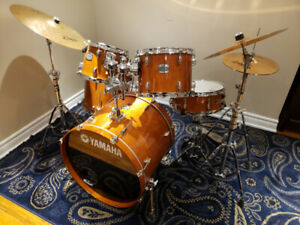 Yamaha stage custom birch Drum set - $1,100