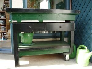 Potting Bench/Barbecue Island