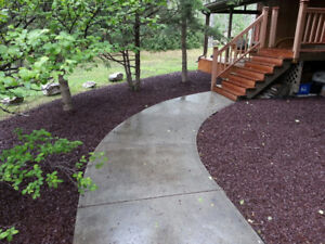 Landscape Mulch LEED Certified 100% Canadian Recycled Rubber