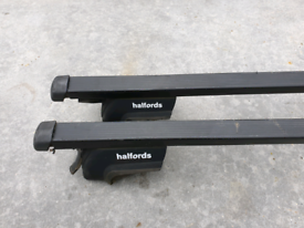 Halford roof bars for Vauxhall Zaphira