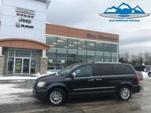 2013 Chrysler Town  Country Limited  ACCIDENT FREE, DEALER INSPE