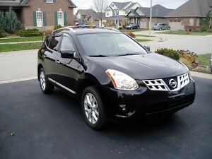 2011 NISSAN ROGUE SL AWD EVERY OPTION AVAILABLE!!
