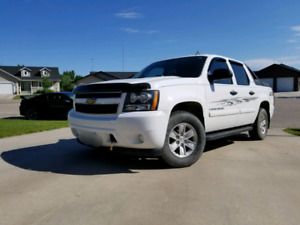 SAFTIED!!! 2007 Chevy Avalanche 4x4