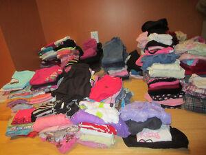 Vêtements fille 5ans :  175 articles pour seulement 75 $