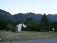 2/3 acre property in Kootenays - Great location & price!