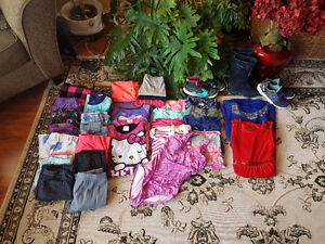 Girls size 10 to 12 clothe and shoes!!! Prince George British Columbia image 4