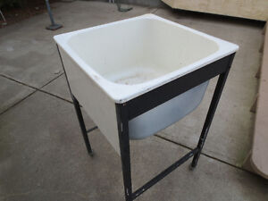 Laundry Tub on Casters