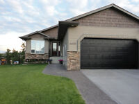Beautiful Bungalow On Pie Lake Lot In Innisfail