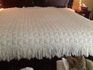 Hand Crafted Afghan / Bedspread