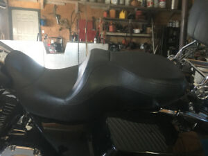 Harley reduced reach seat ,touring models
