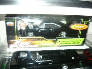 1:24 Die cast Fast & Furious 1970 Dodge Charger & Dom's Figure