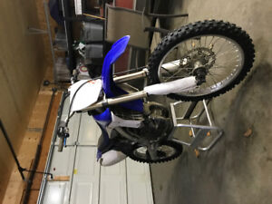 2011 yzf450 ****MOVING****