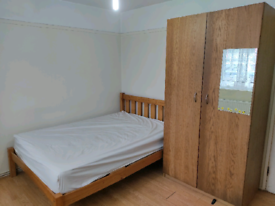 Double room to rent in KINGSBURY