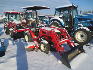 2015 Branson 24HP with mower and loader